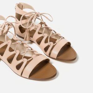 ZARA | Nude Flat Leather Roman Sandals